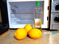 Δύο λύσεις για καθαρό φούρνο μικροκυμάτων