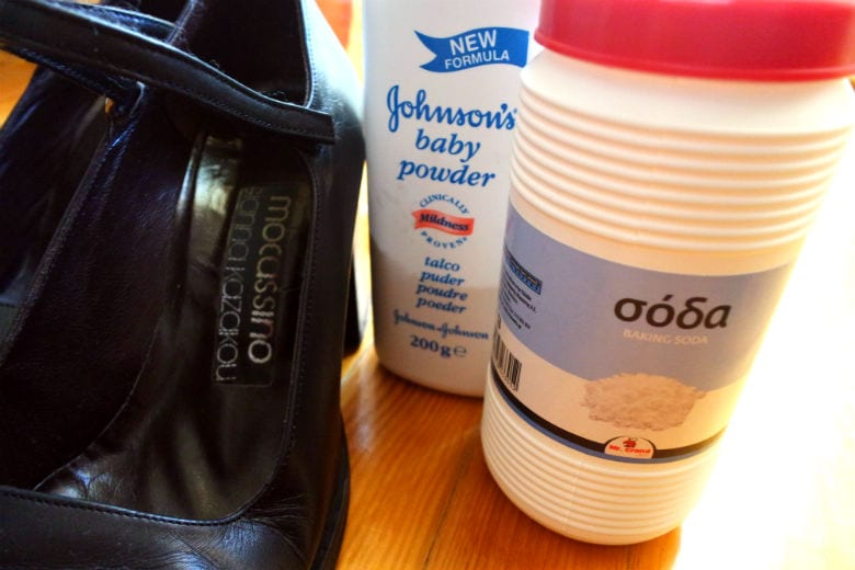 αντιμετωπίστε τις άσχημες μυρωδιές των παπουτσιών