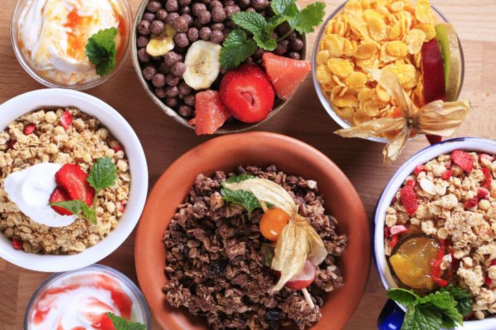 7 απίθανες τροφές και σνακ που σας κόβουν την πείνα