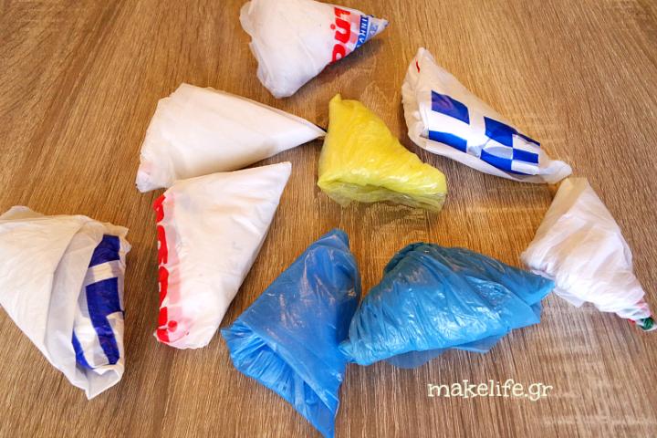 οργανώστε τισ πλαστικές σακούλες του μάρκετ στο σπίτι