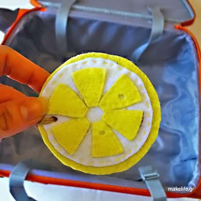 tip-για-να-μοσχοβολά-η-βαλίτσα