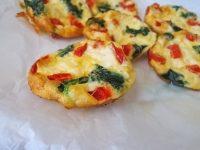 Φωλίτσες στο φούρνο. Μια συνταγή με αυγά για πρωινό