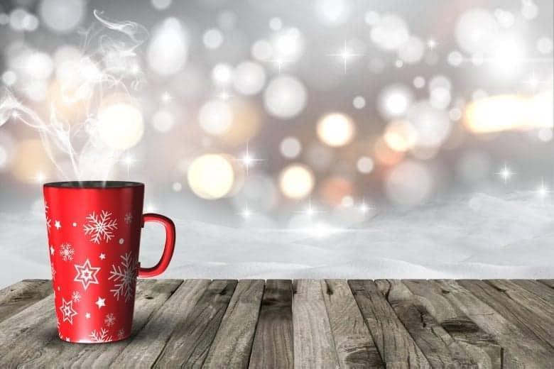 Χριστουγεννιάτικο Τοπίο Wallpaper με Κούπα Καφέ