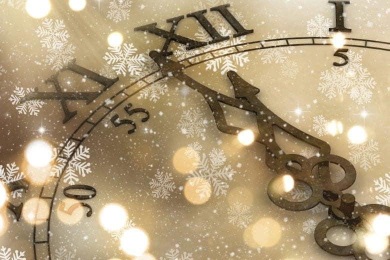 Το ρολόι των Χριστουγέννων Wallpaper