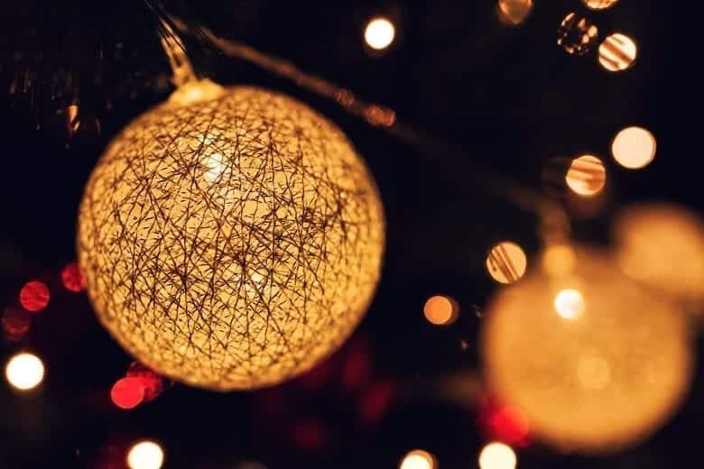 Wallpaper Φωτεινές Χριστουγεννιάτικες Μπάλες