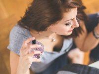 10 συμβουλές και tips για το άρωμα που θα λύσουν κάθε απορία