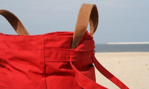 Ποια είναι τα 7 απαραίτητα καλλυντικά στις διακοπές μας;