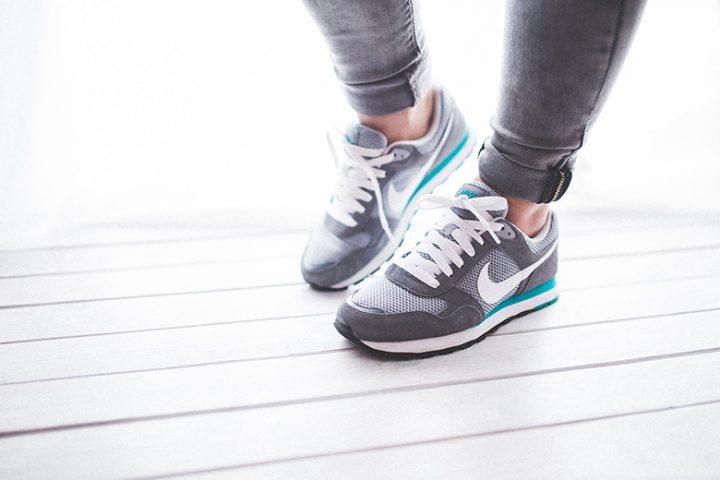 6 συμβουλές για να είσαι σε φόρμα χωρίς γυμναστήριο
