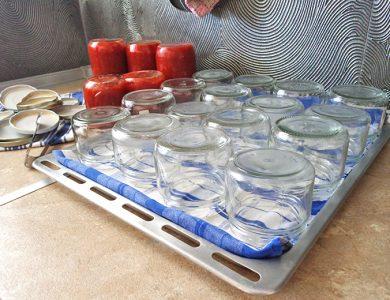 Πώς αποστειρώνουμε βάζα για σάλτσα ή μαρμελάδα