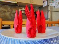 Δίπλωμα χαρτοπετσέτας σε σχήμα λαγού για το πασχαλινό τραπέζι