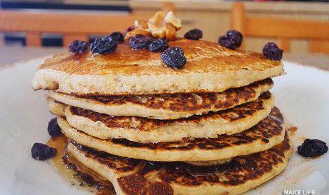 Φτιάχνουμε τις πιο υγιεινές pancakes με βρώμη και λιναρόσπορο