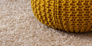 Καθαρισμός χαλιών στο σπίτι. Καθάρισε επιτόπου αλλά όχι μόνη σου