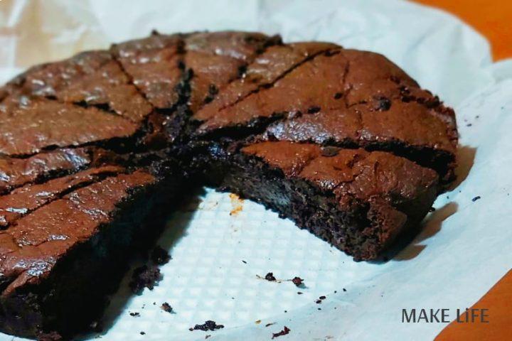 Συνταγή για brownies. Ένα ζουμερό σοκολατένιο γλυκό