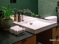 Τα κυρίαρχα χρώματα για το μπάνιο. 5 ιδέες που θα λατρέψεις