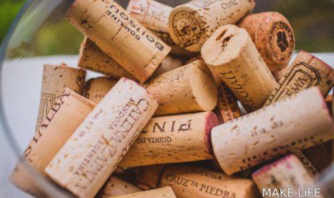Τι μπορείς να φτιάξεις με τους φελλούς από τα μπουκάλια κρασιών
